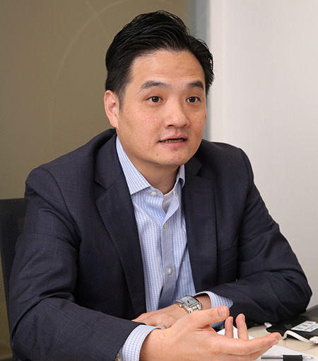香港中文大學全球政治經濟社會科學碩士課程導師黃元山